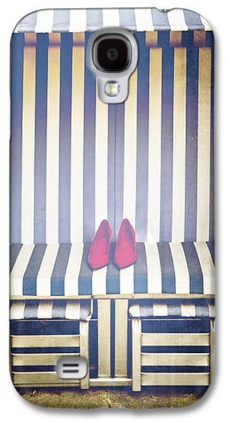 Shoes In A Beach Chair Galaxy S4 Case by Joana Kruse
