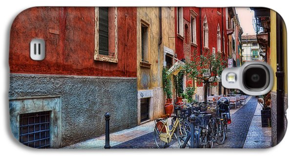 Transportation Photographs Galaxy S4 Cases - Sidestreet in Verona Galaxy S4 Case by Reese Lewis