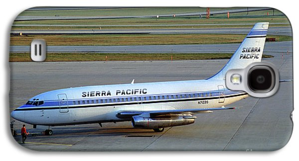 Sierra Pacific Airlines Boeing 737, N703s Galaxy S4 Case by Wernher Krutein