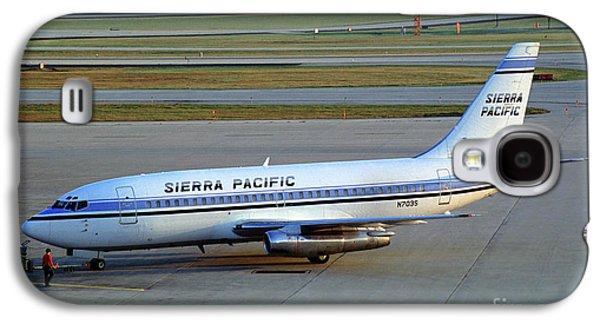 Sierra Pacific Airlines Boeing 737, N703s Galaxy S4 Case by Wernher Krutein