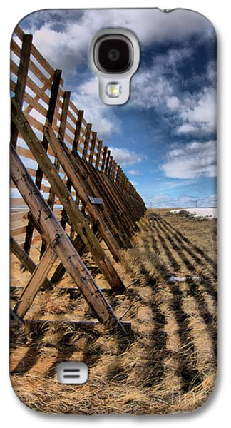 Western Reliefs Galaxy S4 Cases - Snow Fence Galaxy S4 Case by Nena Trapp