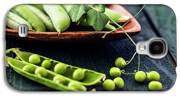 Snow Peas Or Green Peas Still Life Galaxy S4 Case by Vishwanath Bhat