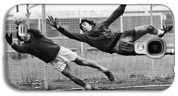 Gordon Photographs Galaxy S4 Cases - Soccer Goalies, 1974 Galaxy S4 Case by Granger