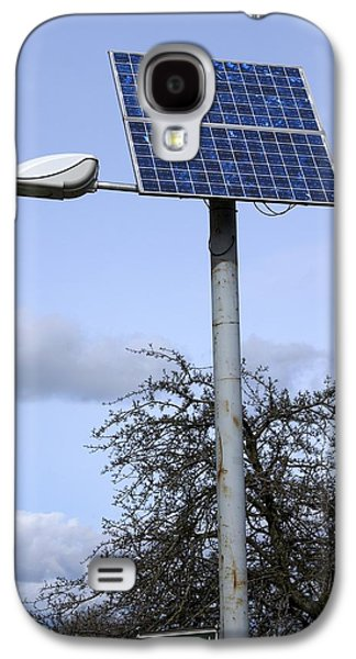 Technological Photographs Galaxy S4 Cases - Solar Powered Street Light, Uk Galaxy S4 Case by Mark Williamson