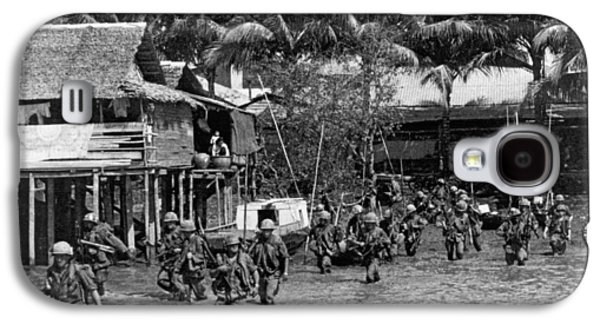 Soldiers In The Mekong Delta Galaxy S4 Case by Underwood Archives