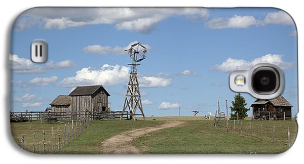 2009 Galaxy S4 Cases - South Dakota: Windmill Galaxy S4 Case by Granger