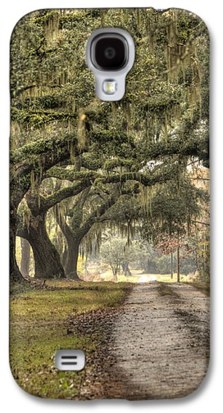 Live Oaks Galaxy S4 Cases - Southern Drive Live Oaks and Spanish Moss Galaxy S4 Case by Dustin K Ryan