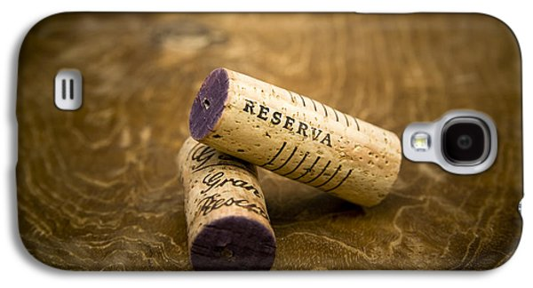 Vino Photographs Galaxy S4 Cases - Spanish wine corks - Reserva and Gran Reserva Galaxy S4 Case by Frank Tschakert