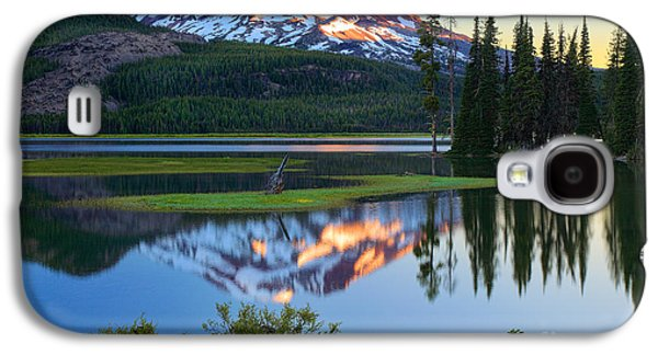 Environmental Galaxy S4 Cases - Sparks Lake Sunrise Galaxy S4 Case by Inge Johnsson