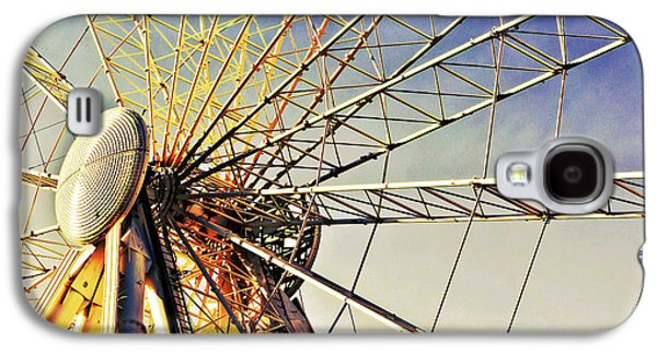 Rollercoaster Photographs Galaxy S4 Cases - Spinning high Galaxy S4 Case by Tom Gowanlock