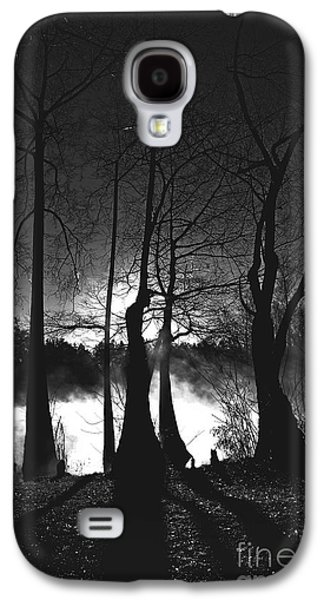 Creepy Galaxy S4 Cases - Spooky Silhouette Galaxy S4 Case by Andrew Glisson