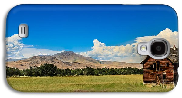 Haybale Galaxy S4 Cases - Squaw Butte And Little Butte Galaxy S4 Case by Robert Bales