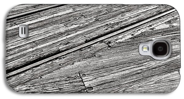 Steel Photographs Galaxy S4 Cases - Steel and Wood Galaxy S4 Case by Olivier Le Queinec