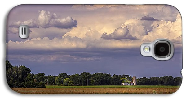 Barn Yard Galaxy S4 Cases - Storm A Coming Galaxy S4 Case by Marvin Spates