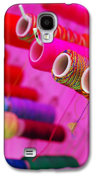 Color Photographs Galaxy S4 Cases - String Theory Galaxy S4 Case by Skip Hunt