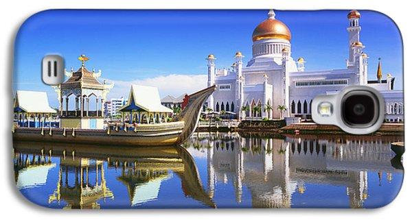Boats In Reflecting Water Galaxy S4 Cases - Sultan Omar Ali Saifuddien Mosque Galaxy S4 Case by David Kirkland