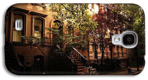 Manhattan Street Galaxy S4 Cases - Summer in New York City - Greenwich Village Galaxy S4 Case by Vivienne Gucwa