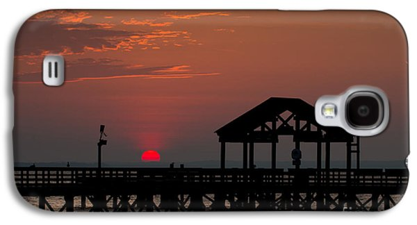 Beach Landscape Galaxy S4 Cases - Sun Peeking over Pier 2 Galaxy S4 Case by Alexander Butler