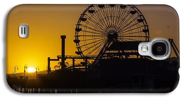 Sun Setting Beyond Ferris Wheel Galaxy S4 Case by Garry Gay