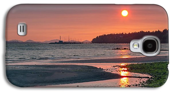 Beach Landscape Galaxy S4 Cases - Sunset from East Beach Galaxy S4 Case by Michael Russell