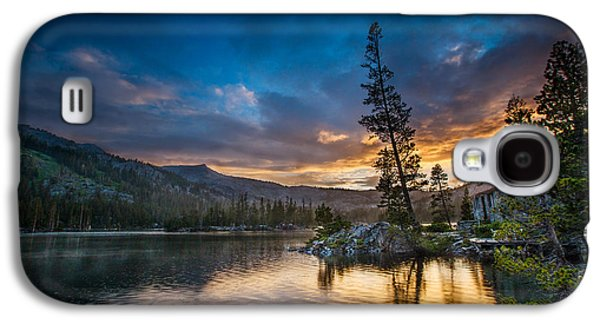 Contemplative Photographs Galaxy S4 Cases - Sunset Shower Galaxy S4 Case by Dan Holmes