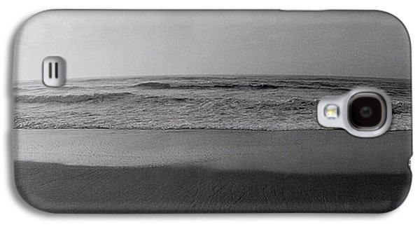Contemplative Photographs Galaxy S4 Cases - Surfer, San Diego, California, Usa Galaxy S4 Case by Panoramic Images