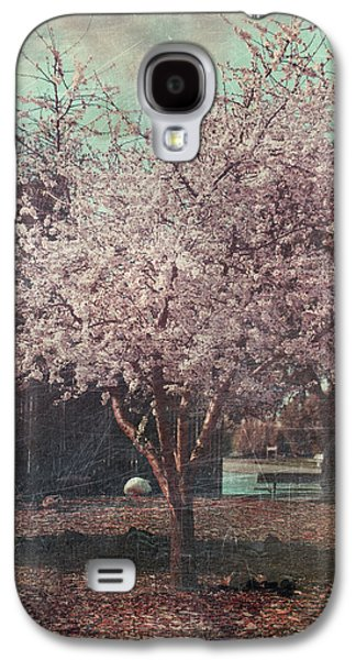 Cherry Blossoms Digital Art Galaxy S4 Cases - Sweet Kisses Under the Tree Galaxy S4 Case by Laurie Search
