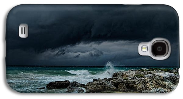 Dreamscape Galaxy S4 Cases - The Eye of the Storm Galaxy S4 Case by Riccardo Mantero