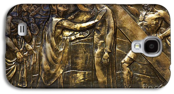 Studio Photographs Galaxy S4 Cases - The Fourth Station Of The Cross Galaxy S4 Case by Al Bourassa