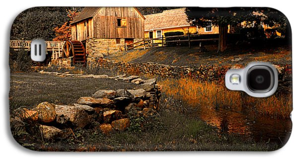 Grist Mill Paintings Galaxy S4 Cases - The Hammond Gristmill Galaxy S4 Case by Lourry Legarde