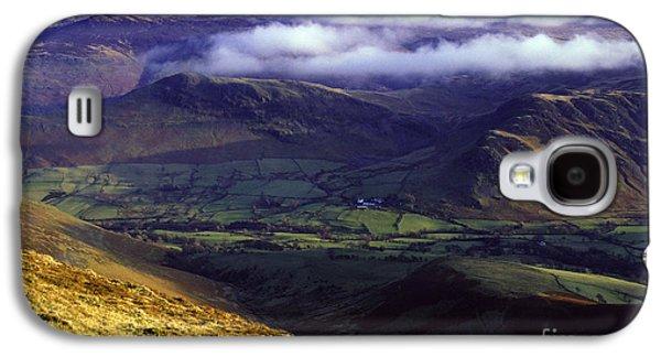 Temperature Inversion Galaxy S4 Cases - The Helvellyn Range. Galaxy S4 Case by Stan Pritchard