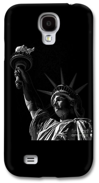 American Independance Photographs Galaxy S4 Cases - The Statue of Liberty - BW Galaxy S4 Case by James Aiken