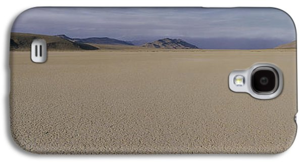 Dry Lake Galaxy S4 Cases - This Is A Dry Lake Pattern Galaxy S4 Case by Panoramic Images