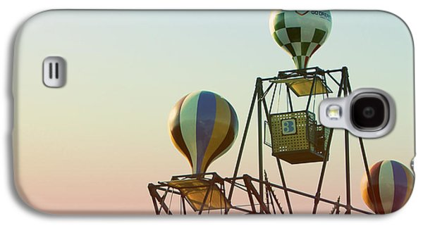 Tivoli Balloon Ride Galaxy S4 Case by Linda Woods