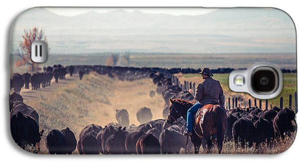 Trailing The Herd Galaxy S4 Case by Todd Klassy