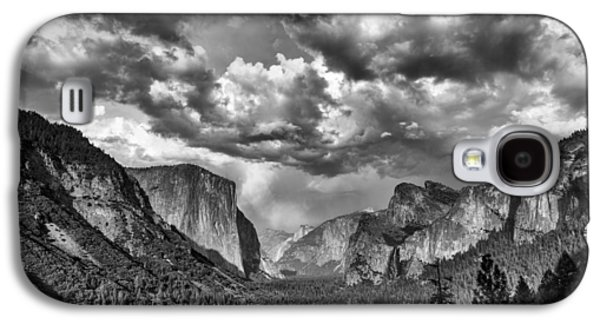 Cathedral Rock Galaxy S4 Cases - Tunnel View in Black and White Galaxy S4 Case by Rick Berk