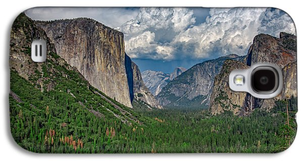 Cathedral Rock Galaxy S4 Cases - Tunnel View in Springtime Galaxy S4 Case by Rick Berk