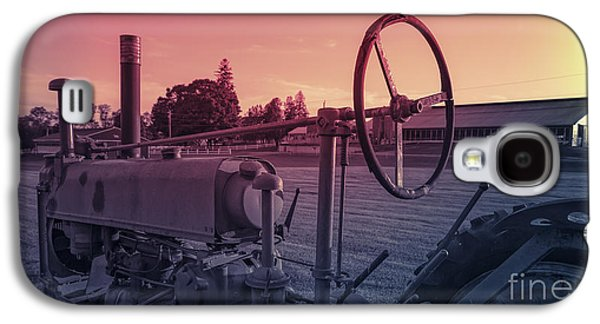 Sun Galaxy S4 Cases - Twilight on the Farm Galaxy S4 Case by Edward Fielding