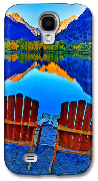 Two Chairs In Paradise Galaxy S4 Case by Scott Mahon