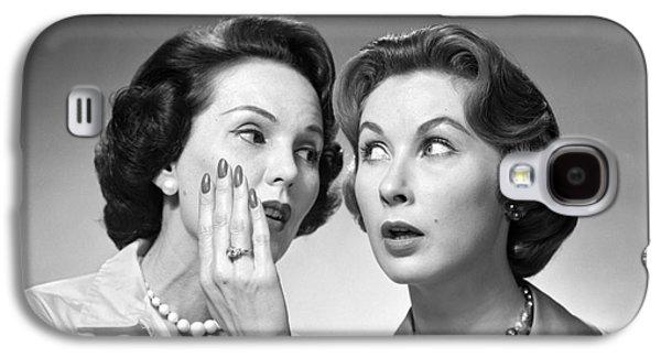 Two Women Gossiping, C.1950-60s Galaxy S4 Case by Debrocke/ClassicStock
