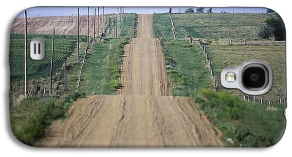 Old Country Roads Photographs Galaxy S4 Cases - Unpaved Country Road in South Dakota Galaxy S4 Case by Will & Deni McIntyre