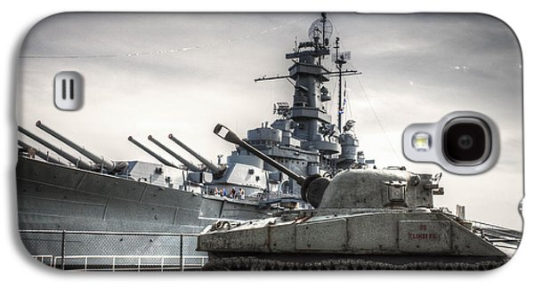 Transportation Photographs Galaxy S4 Cases - USS Alabama and Tank Galaxy S4 Case by Debra Forand