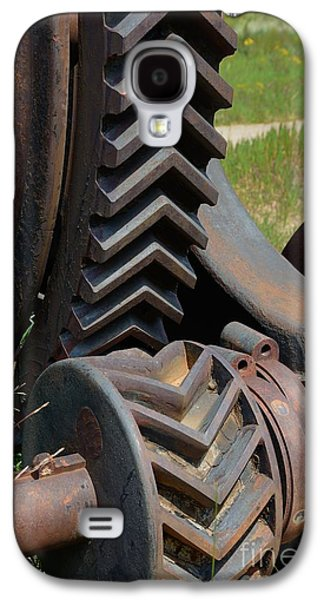 Machinery Galaxy S4 Cases - V Gears 5370 Galaxy S4 Case by Ken DePue