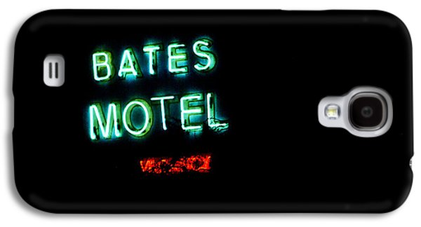 Films By Alfred Hitchcock Galaxy S4 Cases - Vacancy at Bates Motel Galaxy S4 Case by Denise Dube