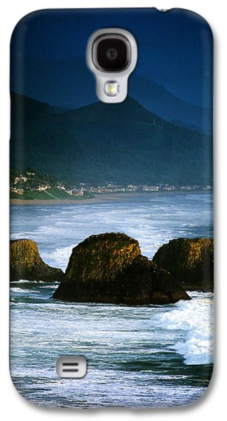 View Of Storm Over Cannon Beach From Galaxy S4 Case by Panoramic Images