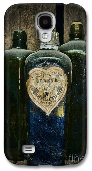 Colonial Man Photographs Galaxy S4 Cases - Vintage Case Gin Bottles Galaxy S4 Case by Paul Ward