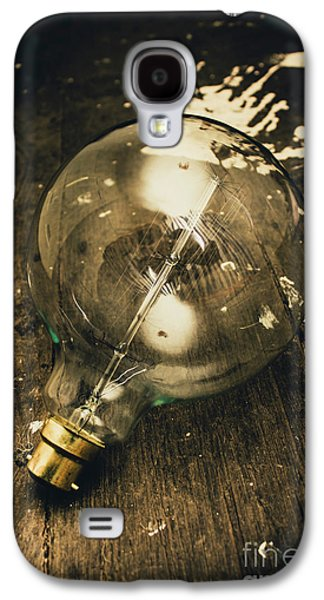 Vintage Light Bulb On Wooden Table Galaxy S4 Case by Jorgo Photography - Wall Art Gallery