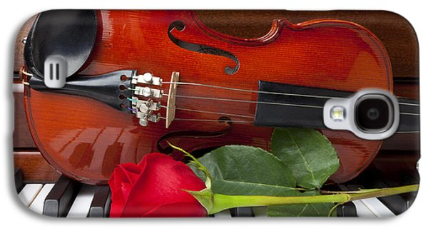 Violin With Rose On Piano Galaxy S4 Case by Garry Gay
