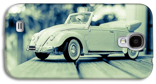 Vw Beetle Convertible Galaxy S4 Case by Jon Woodhams