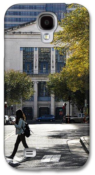 Walking Downtown Galaxy S4 Case by Marina McLain